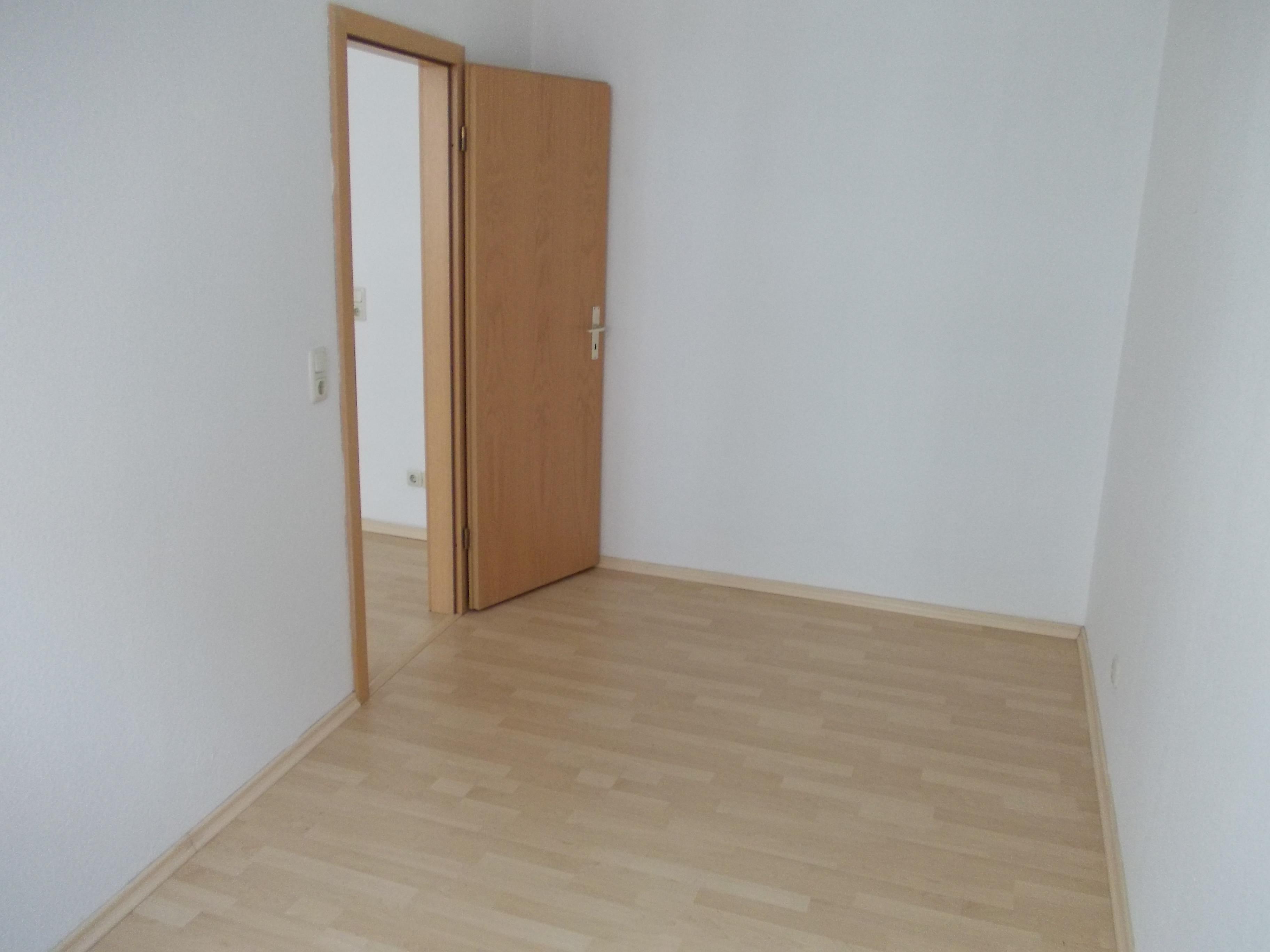 2 raum wohnung in stadtmitte kleine kirchstra e 1 07545 gera stadtmitte. Black Bedroom Furniture Sets. Home Design Ideas