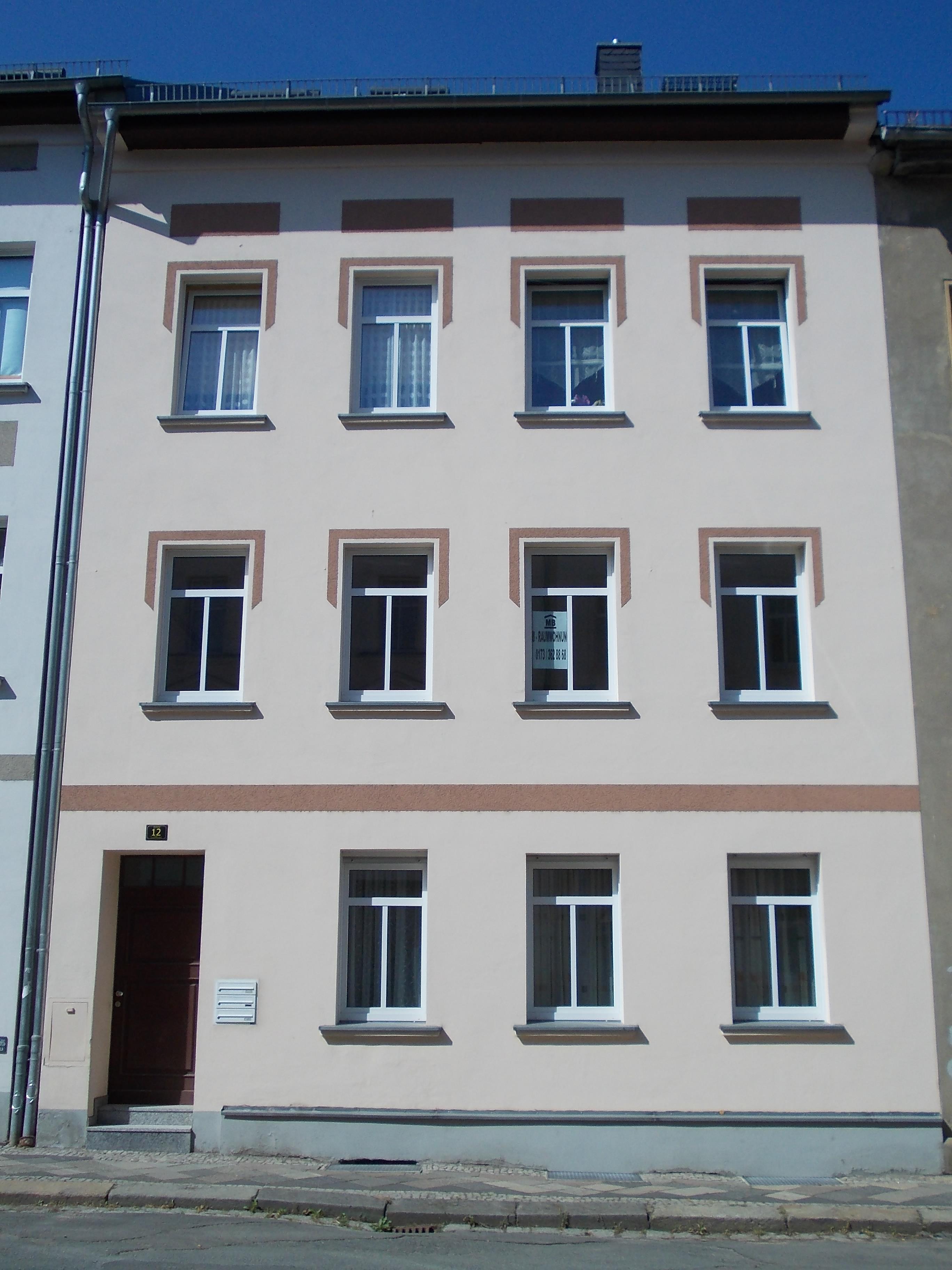 2 raum wohnung mit terrasse lindenstra e 12 07546 gera ostviertel. Black Bedroom Furniture Sets. Home Design Ideas